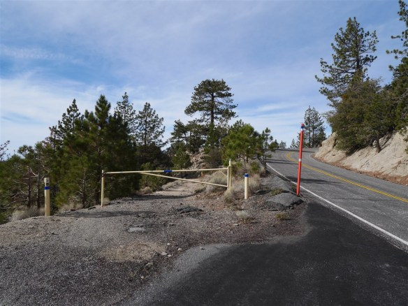 Pacific Crest Trail: View of trailhead at gate off Angeles Crest Highway